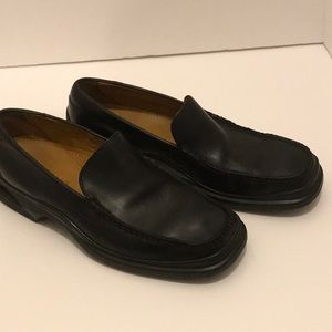 Men's Cole Haan black loafers size 9M